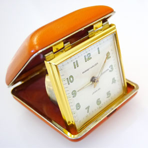 Museum Objects: Portable Clock